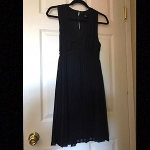 H&M black pleated dress